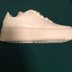 Nike Womens Air Force 1 Low Triple White Size 7